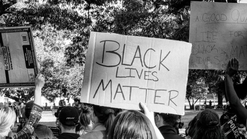Le dinamiche del razzismo e delle sue manifestazioni in Italia.