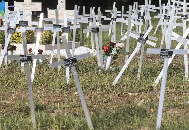 La doppia ingiustizia dei cimiteri dei feti con i nomi delle madri