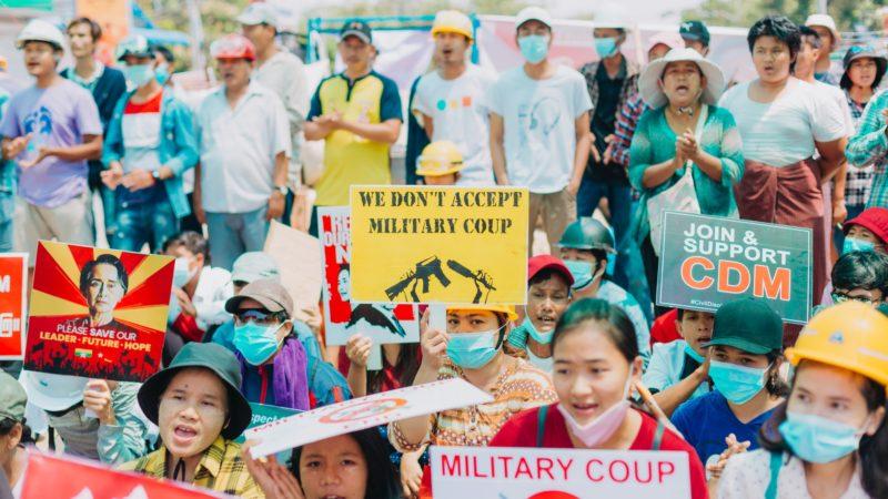 Myanmar, la guerra civile è ormai alle porte