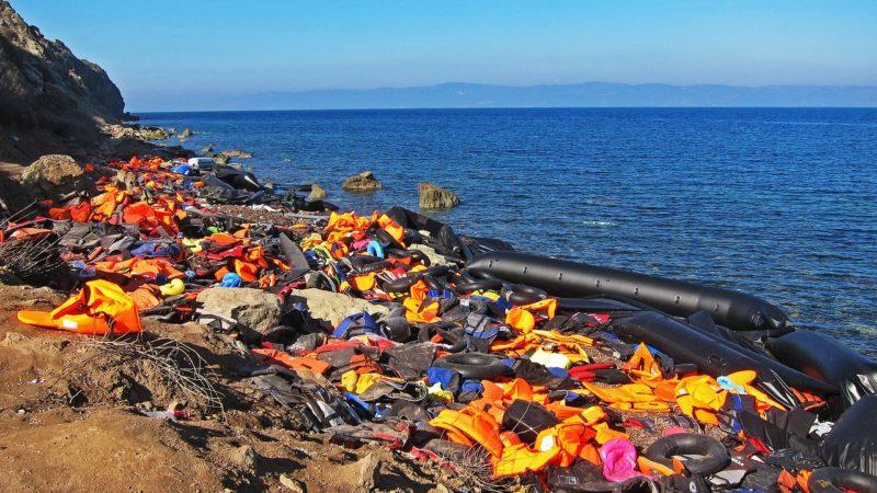 Cimitero di migranti nel Mediterraneo, l'Europa deve cambiare rotta.